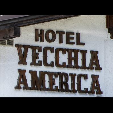 Vecchia America Hotel Ristorante - Alberghi Folgarida