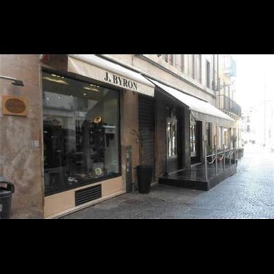 Byron - Abbigliamento - vendita al dettaglio Vicenza